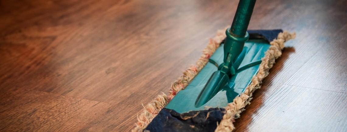 hardwood flooring cleaners